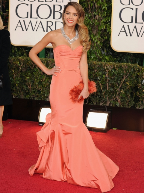 golden-globes-jessica-alba-dress-dior