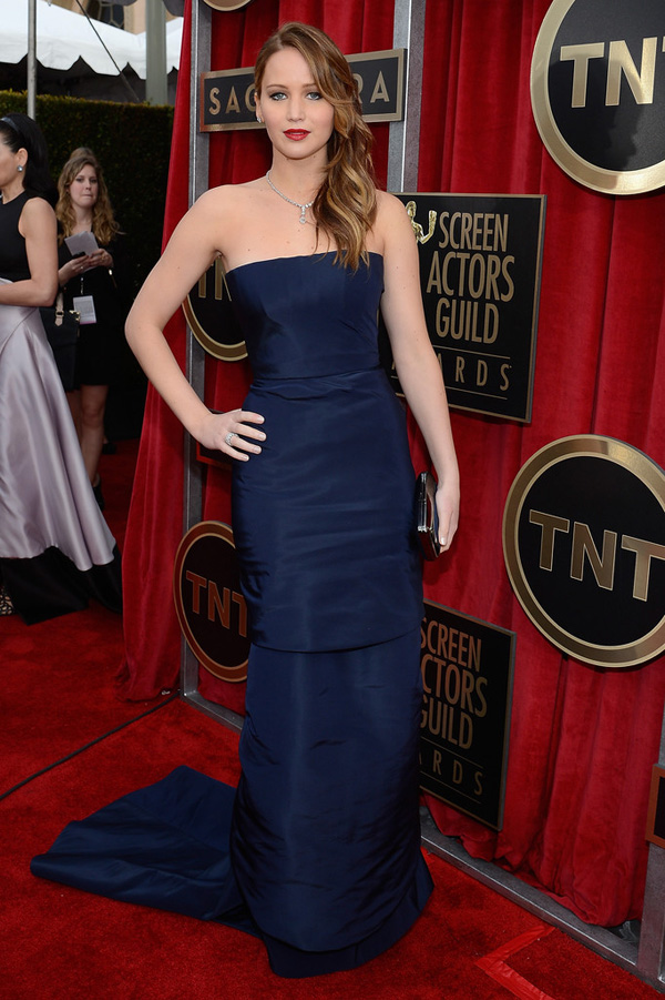 sag-awards-2013-jennifer-lawrence-Christian-Dior-Haute-Couture