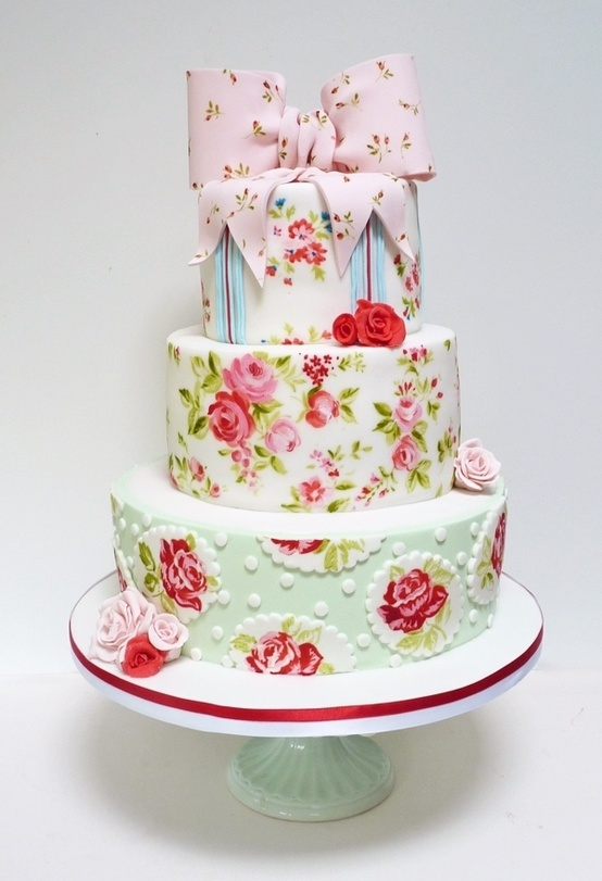 shabby-chic-wedding-cake