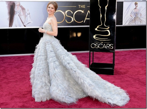 Oscars-2013-Amy-Adams-red-carpet