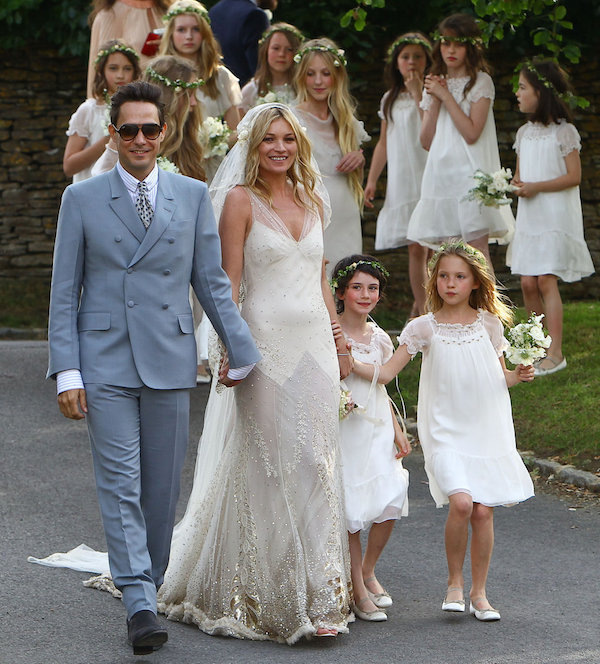 kate_moss_wedding-vintage-inspired-wedding-kate-moss-wedding-dress-kate-moss-bridal-dress-4
