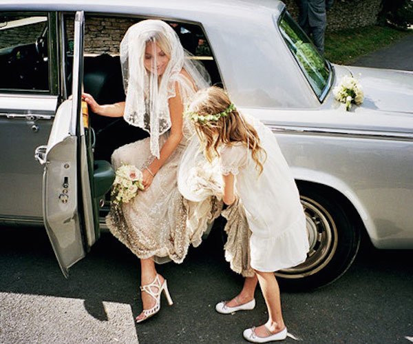 kate_moss_wedding-vintage-inspired-wedding-kate-moss-wedding-dress-kate-moss-bridal-dress-replica-10