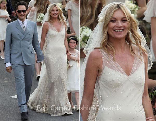 kate_moss_wedding-vintage-inspired-wedding-kate-moss-wedding-dress-kate-moss-bridal-dress-replica-9