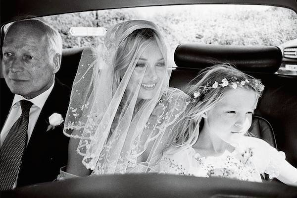 kate_moss_wedding-vintage-inspired-wedding-kate-moss-wedding-dress-kate-moss-bridal-veil-replica-1