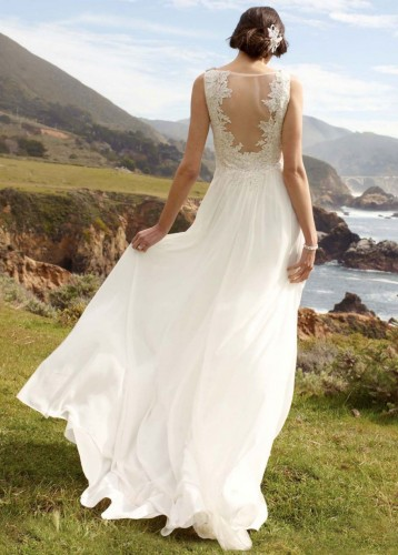 similar-to-kate-moss-wedding-dress-vintage-inspired-david's-bridal