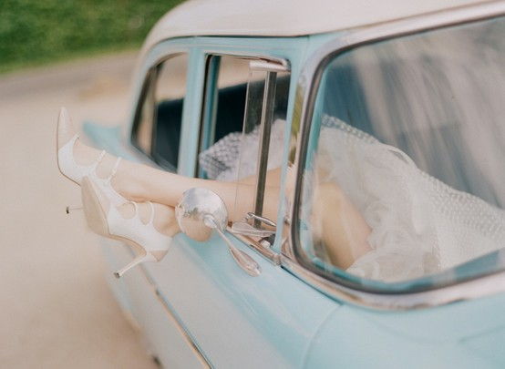 something-blue-vintage-blue-wedding-car