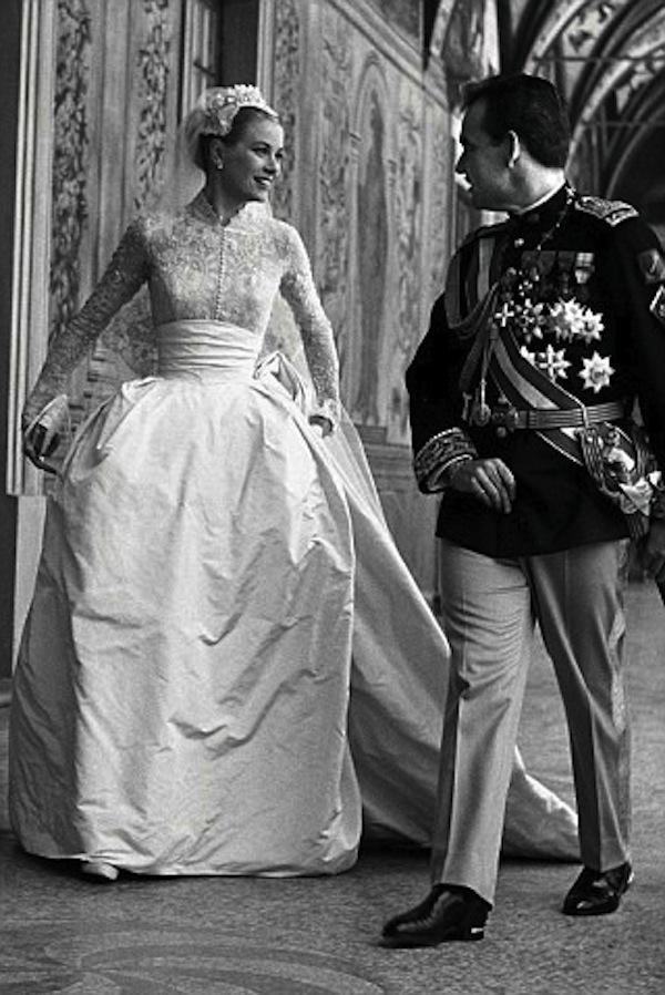 Grace-kelly-weddingday-style