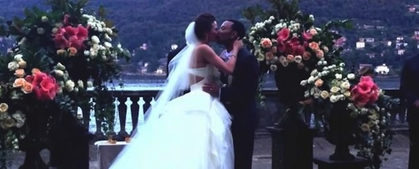 john-legend-wedding-kiss-8