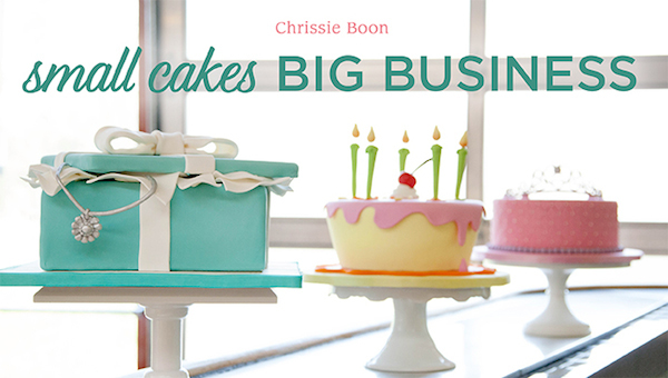 craftsy-cake-design-classes-vintage-inpired-tiffany-blue-cake-how-to