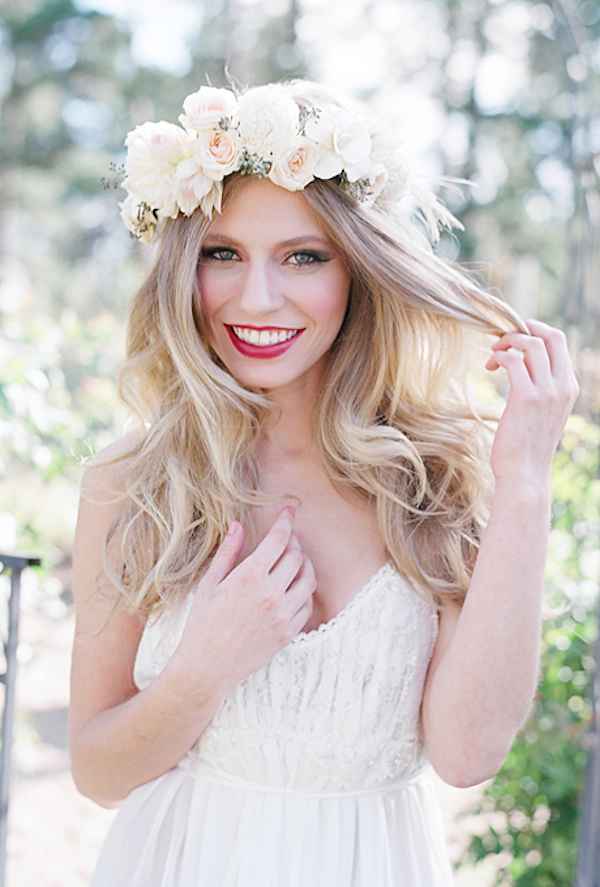 large-flower-crowns-floral-crowns-wedding-hairstyle-ideas-romantic-white-and-blush-flower-crown
