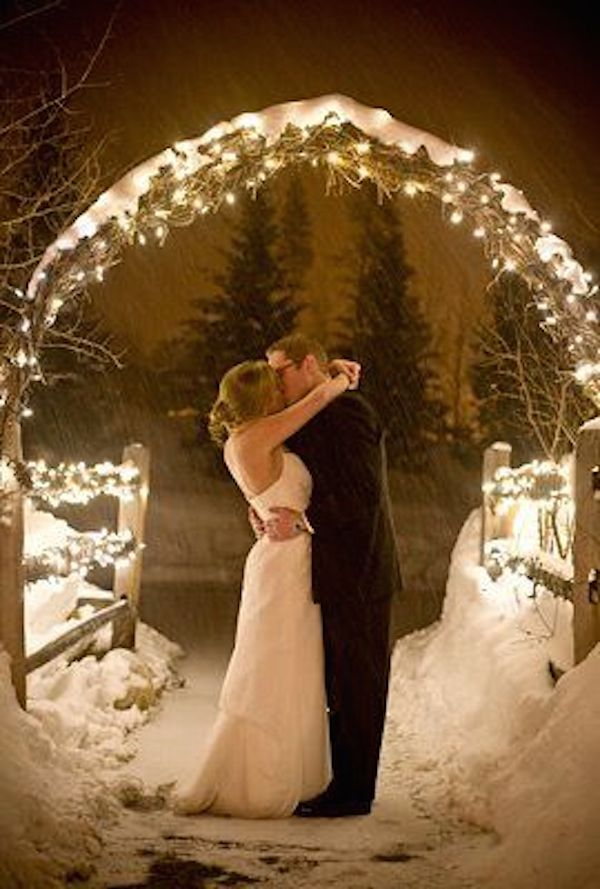 winter-wedding-ideas-vintage-winter-wedding-11