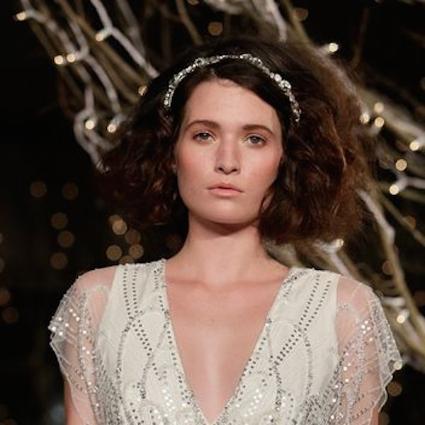 jenny-packham-fall-2014-bridal-vintage-inspired-wedding-dress-hair and-makeup-big-hair-3