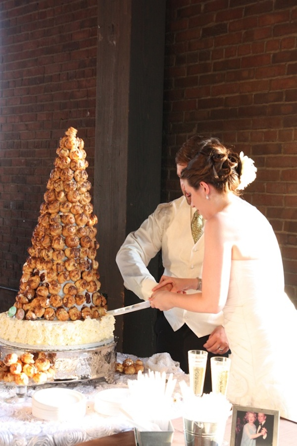 wedding-cake-alternative-cream-puff-tower-13