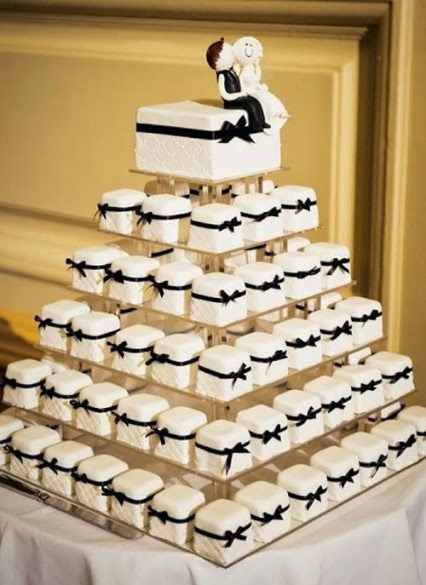 wedding-cake-alternatives-mini-cakes-8