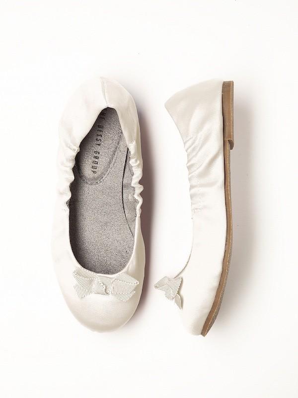 dessy-flower-girl-shoes-dessy-flowergirl-ballet-flats-boho-wedding-vintage-inspired-wedding-dessy