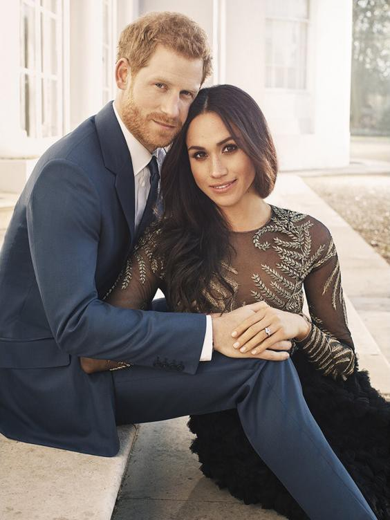 prince-harry-meghan-engagement-photo