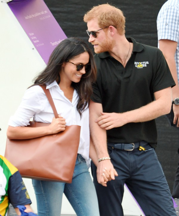 prince-harry-meghan-markle-sports-game